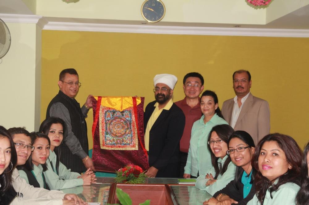 Token of love prensented to Mr. Pornthep SriNarula